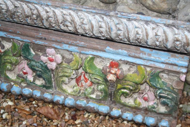 Decorative Pediment/Shelf