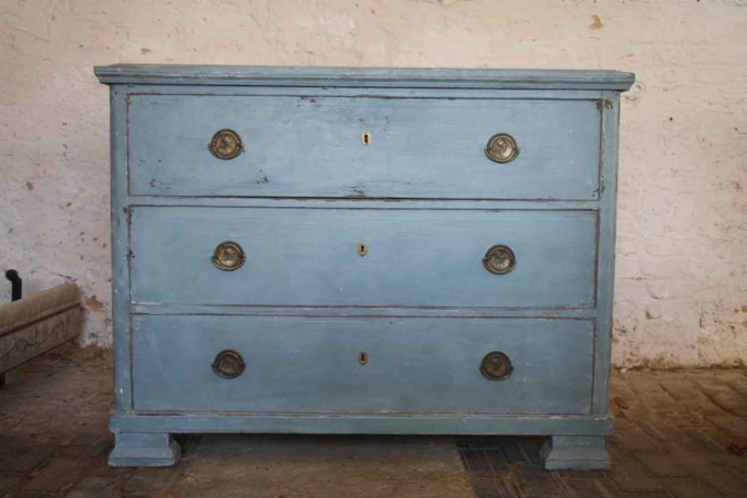 Chest of Drawers - C19th