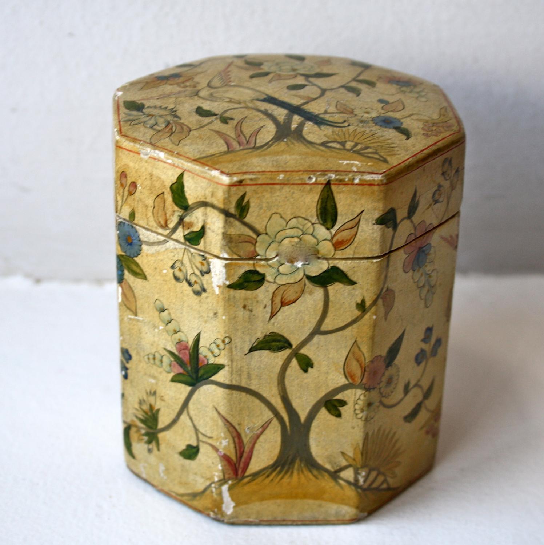Art Nouveau trinket box