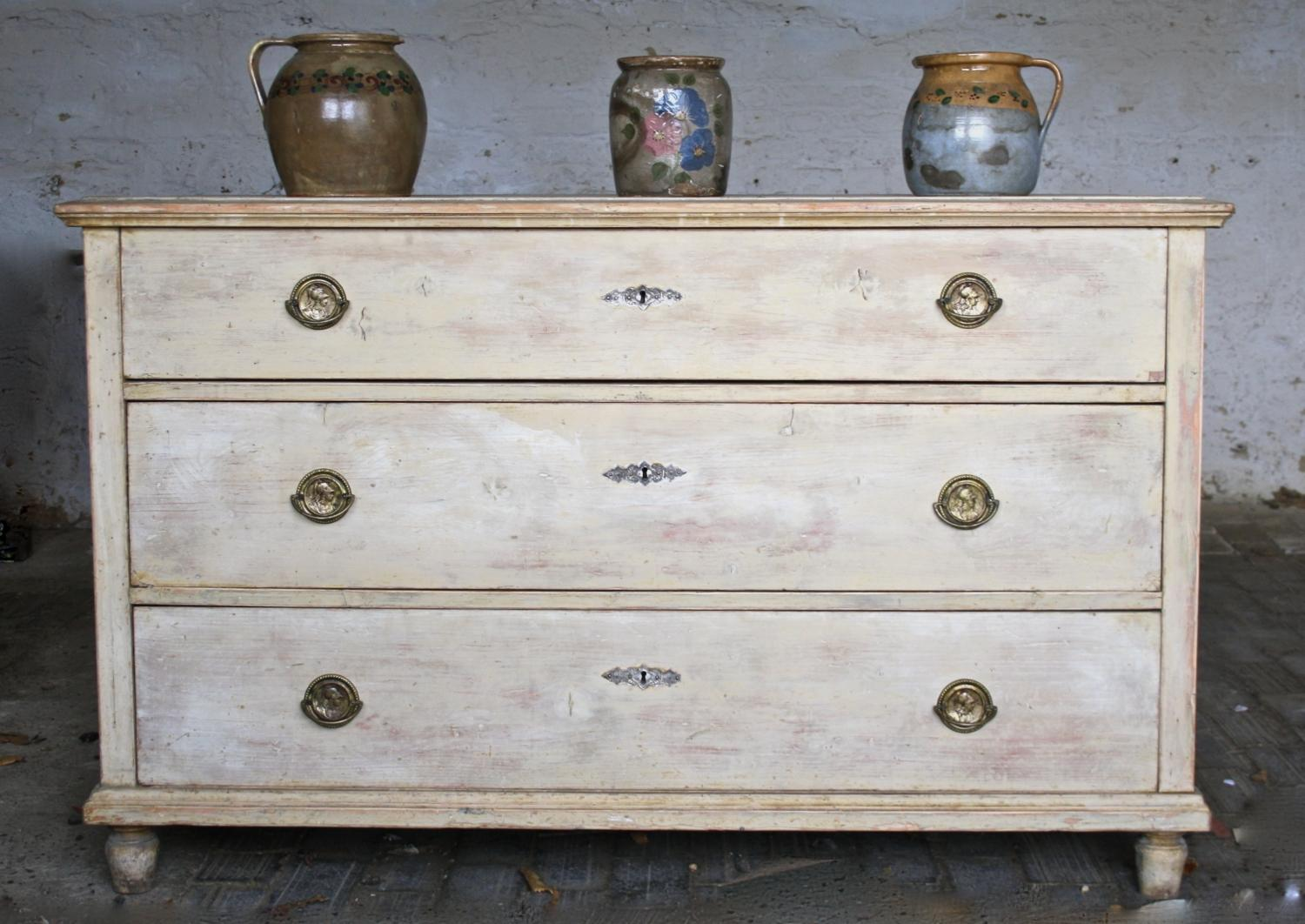 Large 19th Cent Chest of Drawers