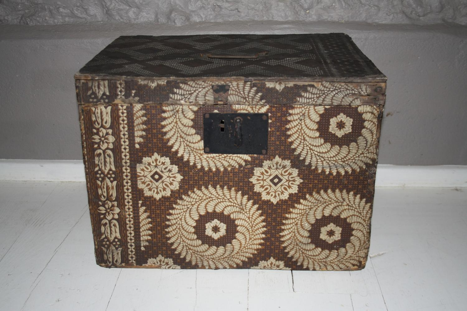 Wallpapered Box/Trunk