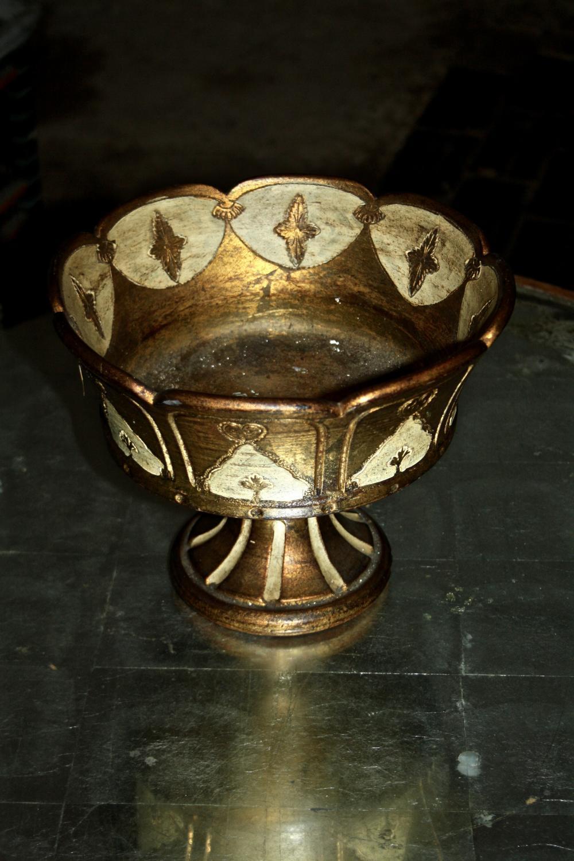 Florentine terracotta bowl