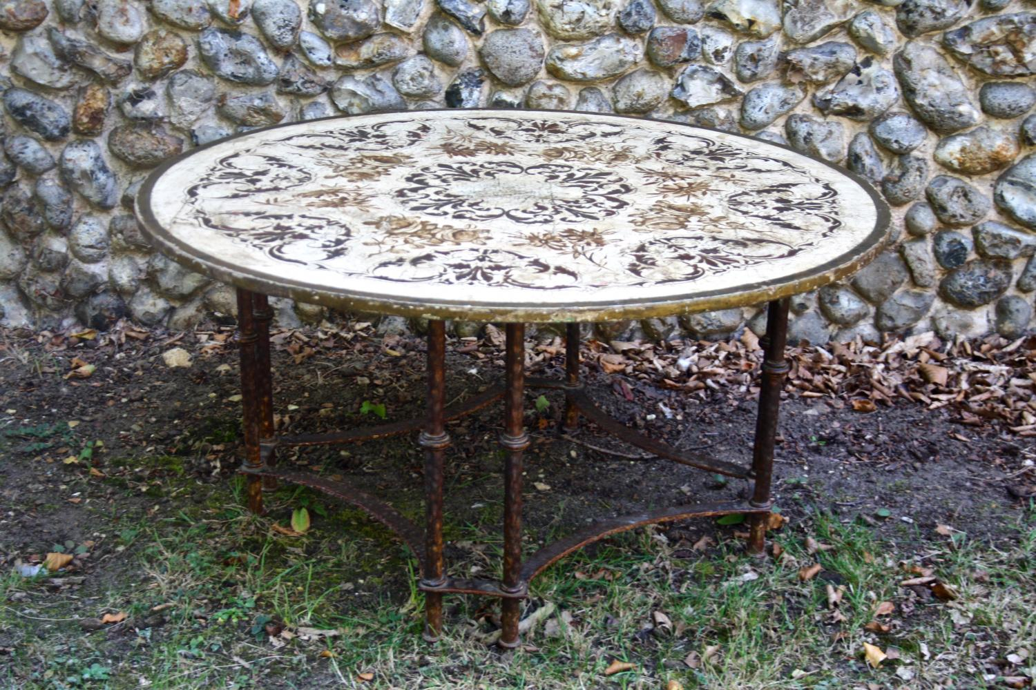 Round French painted coffee table