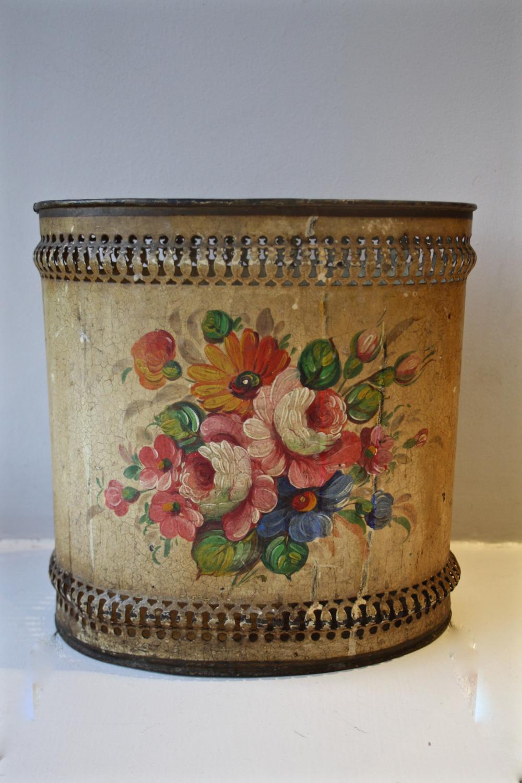Early floral toleware bin