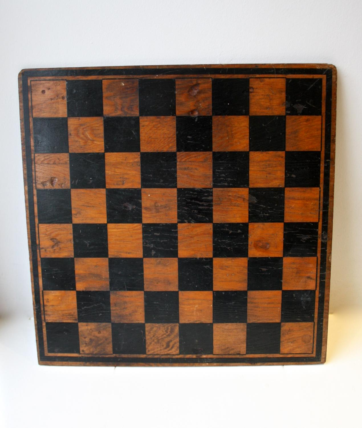 Wooden chess/draughts board