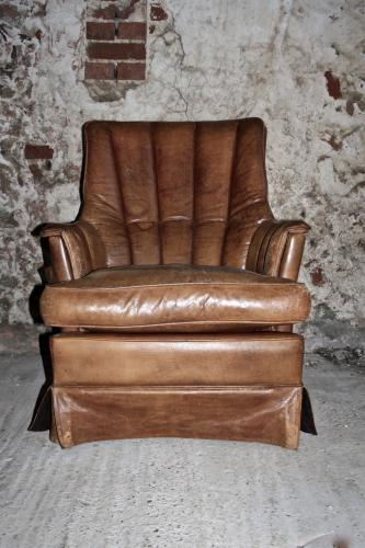 Scallop backed leather chair - 1970's
