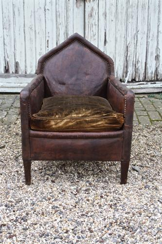 Early 1900s leather chair