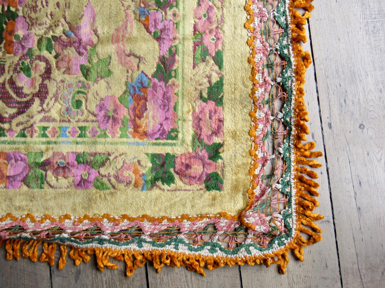 1970's bedspread/throw/rug