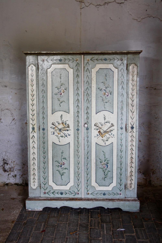 Painted Italian mid century wardrobe