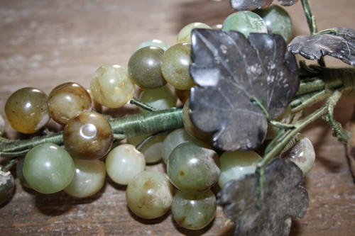 Mid century onyx grapes
