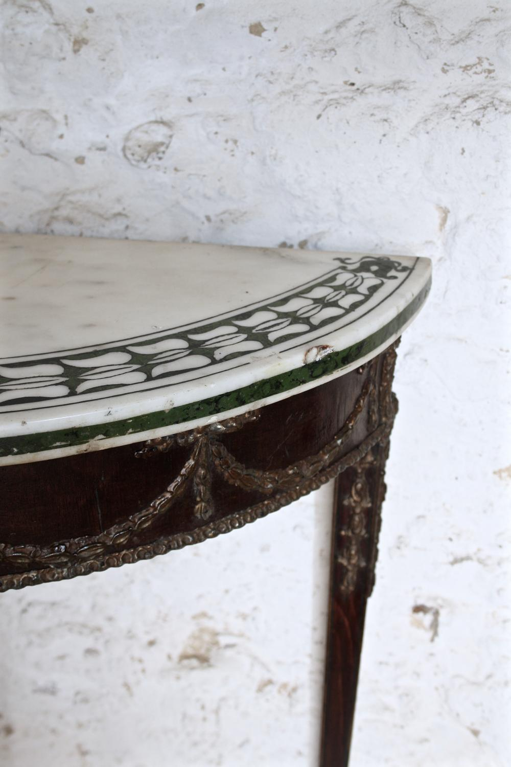 Pretty inlaid marble top console table