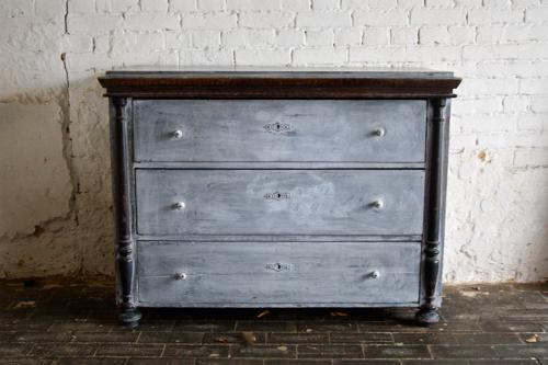 Gustavian style 19th century chest of drawers