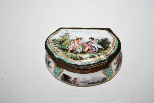 Georgian enamel pill/patch/trinket box
