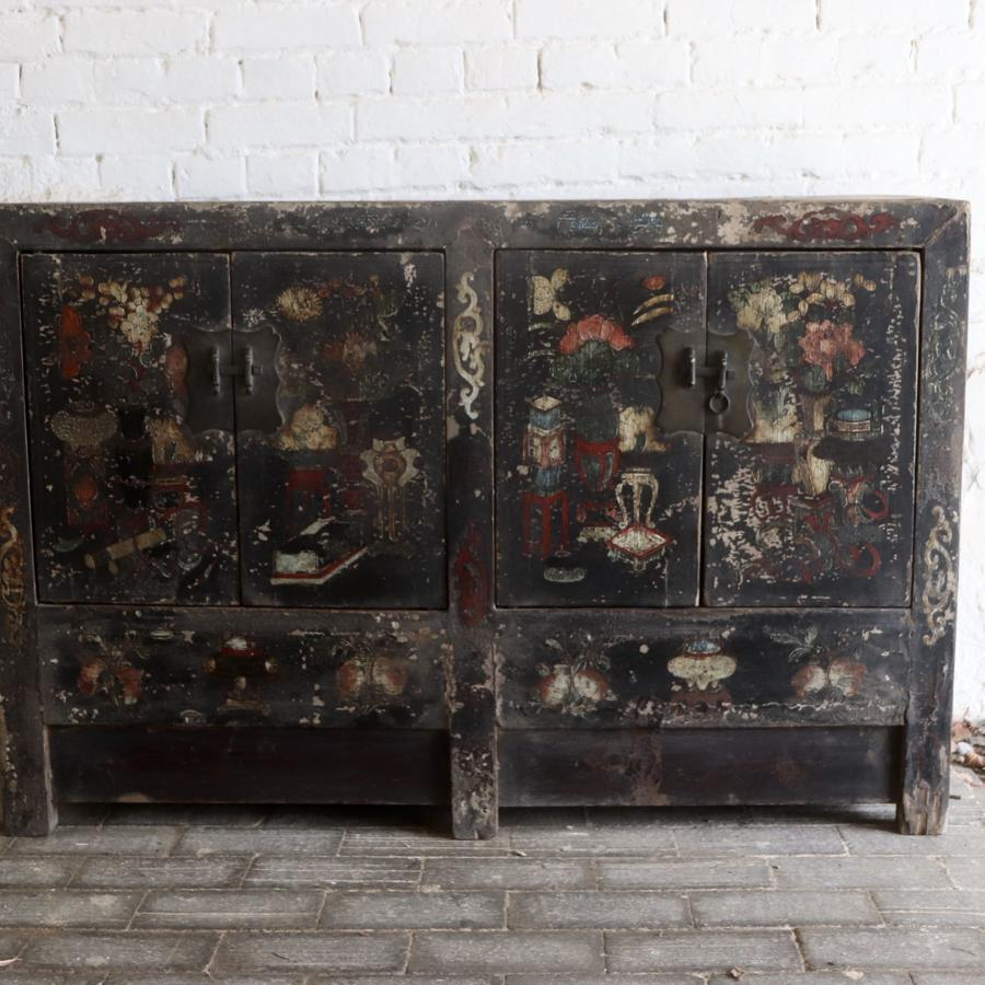 Mid 19th century black lacquered Chinese sideboard
