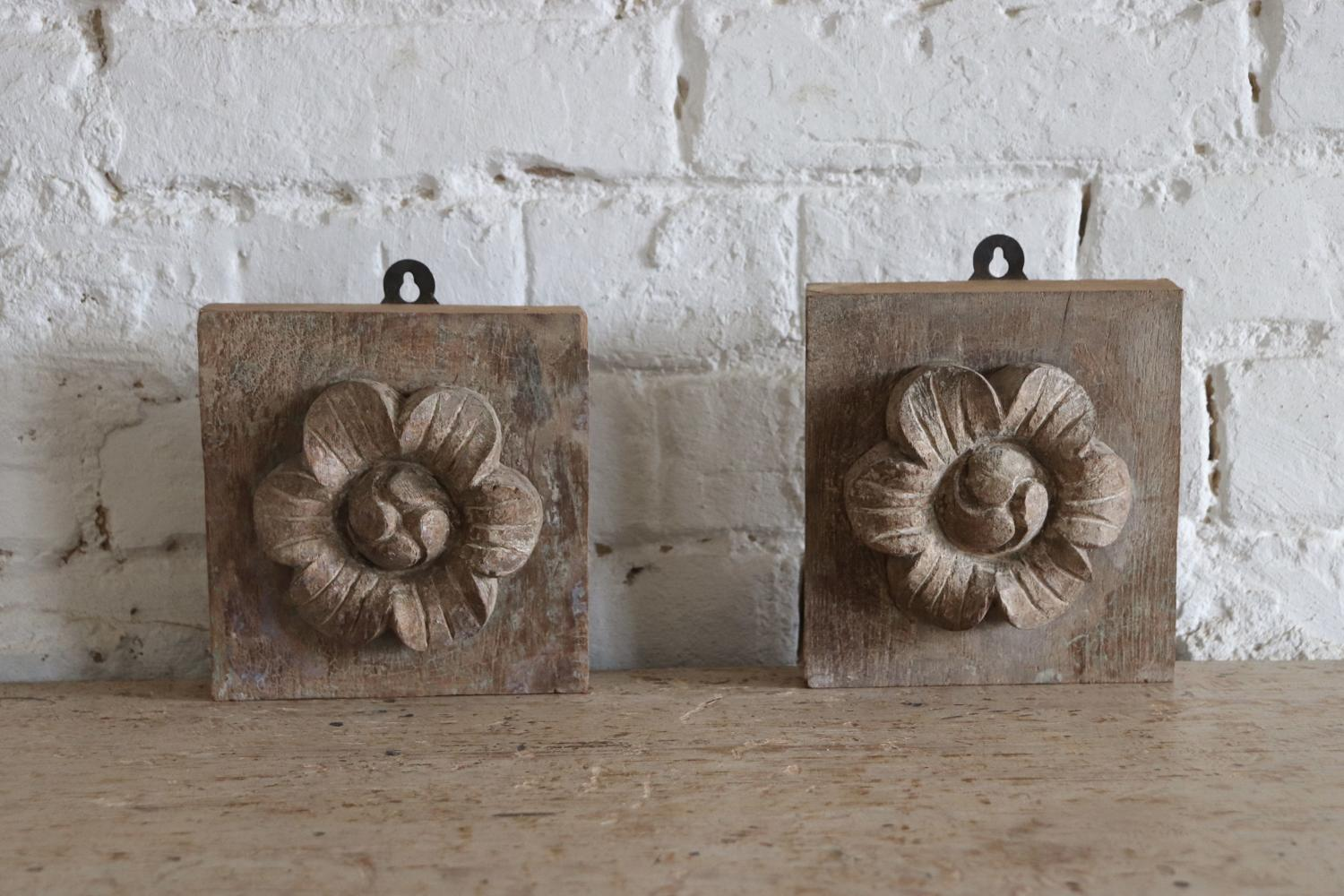 Wooden flower blocks