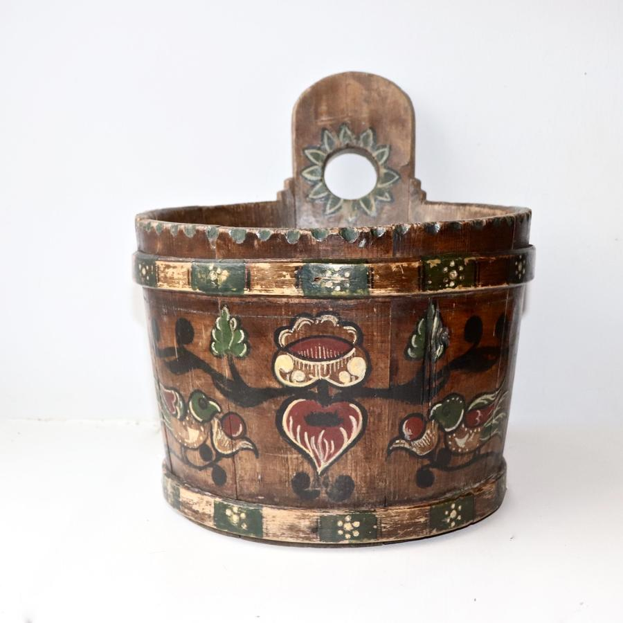 Pretty painted pine barrel