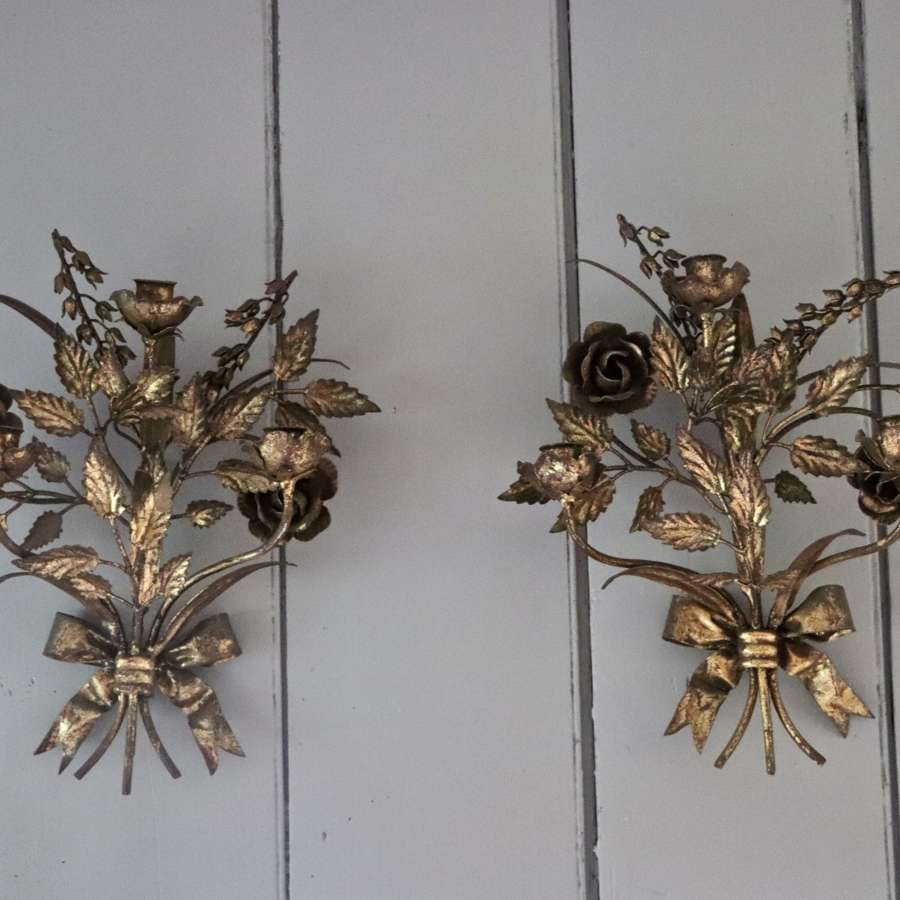 Pair of gilt 1950s Italian sconces