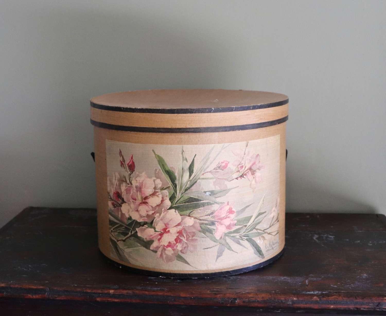 Decorative hat box