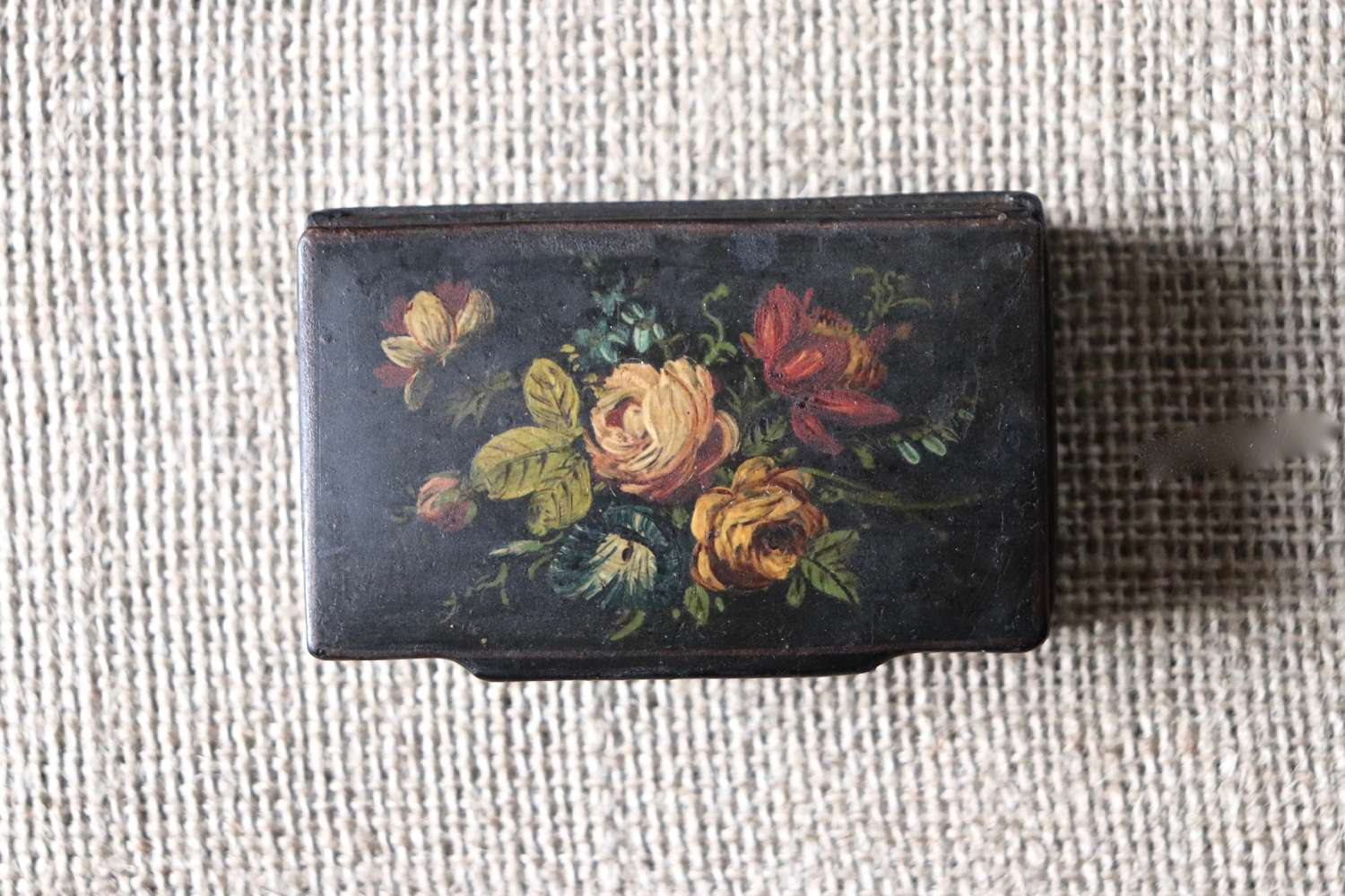 Wooden Victorian snuff box with floral painting