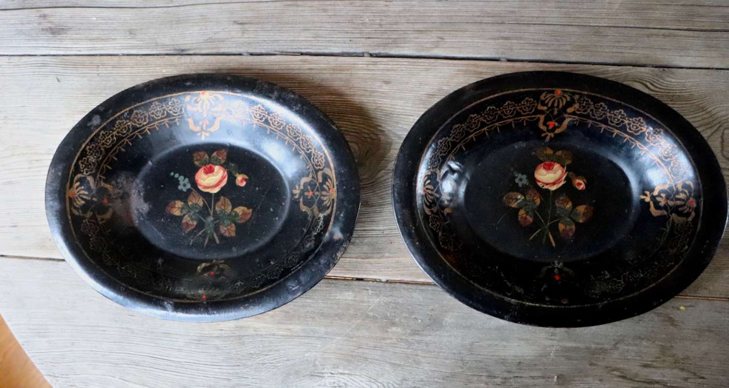 Pair of early 20th century toleware trays
