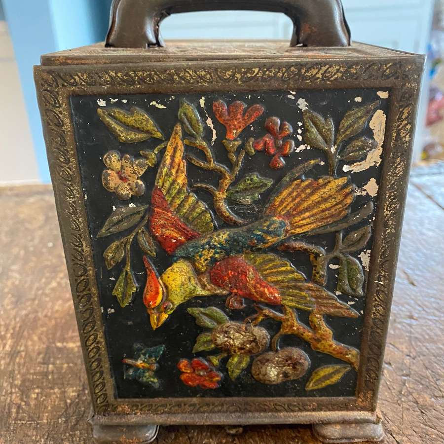 Vintage tin with birds