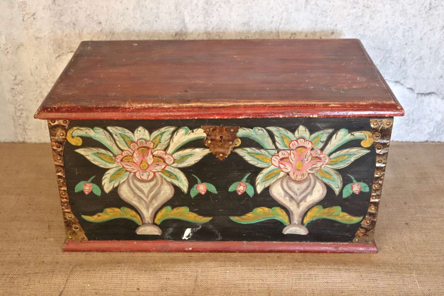 19th century Italian pine box with floral decoration