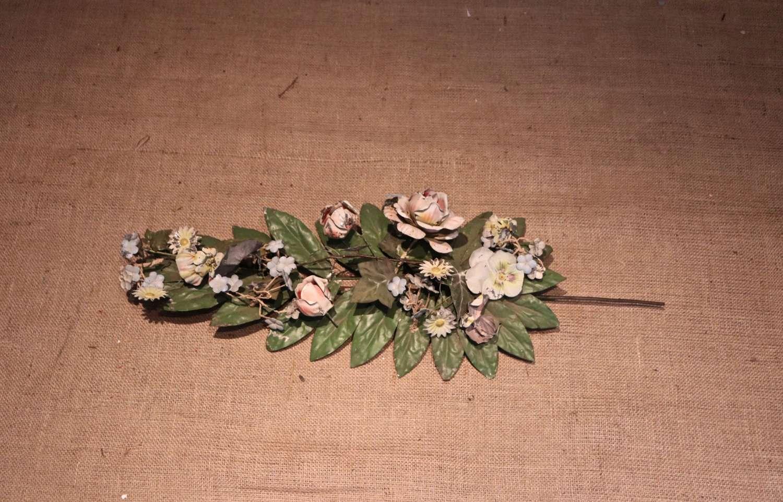 Italian toleware flower decorations